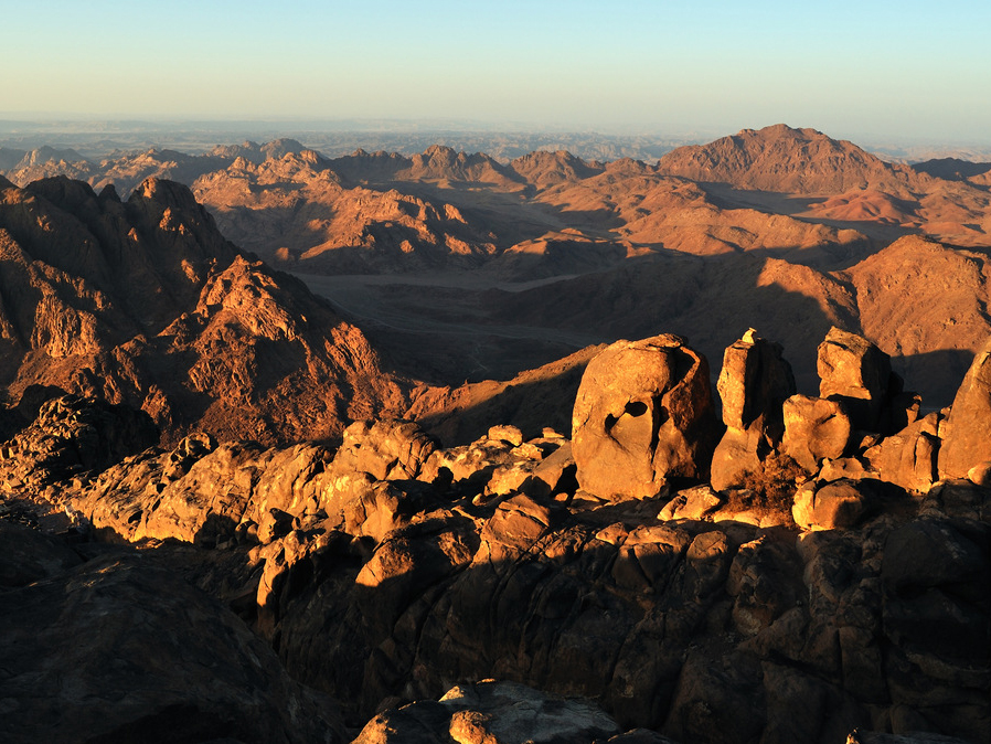 Montagne-Sinai-w